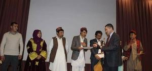 Afganlı göçmenler sertifikalarını aldı