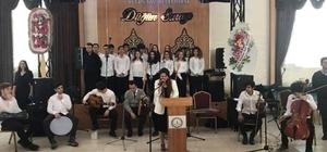Öğrencilerinden konser