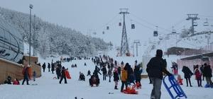 Antalya'da deniz Erzurum'da kayak keyfi