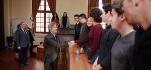 Başkan Demircan Galatasaray Lisesi öğrencileriyle buluştu