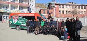 Kulp Belediyesi Pasur Belediyespor'a son model araç tahsis etti