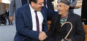 Başkan Atilla Sur ilçesinde vatandaşlarla bir araya geldi