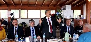 Başkan Uysal, gazetecilerle kahvaltıda bir araya geldi
