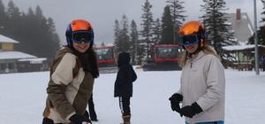 Ilgaz'da kayak keyfi devam ediyor