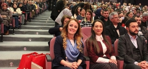 Çorlu'da AK kadınların yeni başkanı Arıcan oldu
