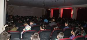 Tutaklılar sinema ile tanıştı