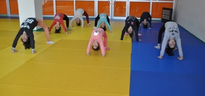 Miniklerden jimnastik kursuna yoğun ilgi