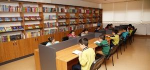 Şehitkamil Belediyesi gençlik kütüphanelerinin ilki hizmete girdi