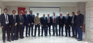 Bitlis'te 'Öğretmen ve Medeniyet' konferansı