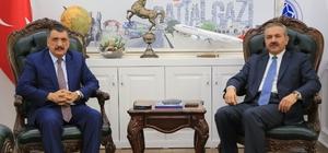 Eski Vekil Kılıç'tan, Başkan Gürkan'a övgü