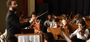 İki Elin Sesi Var Çocuk Senfoni Orkestrası'ndan yeni yıl konseri