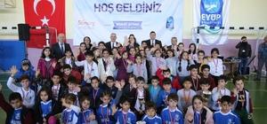 Geleneksel Çocuk Oyunları Eyüpsultan'da unutulmuyor
