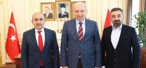 Başkan Kara Büyükşehir Belediye Başkanı Uysal ile bir araya geldi