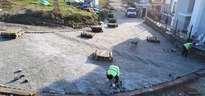 Başiskele'de yeni açılan yollar parke taşlarıyla kaplanıyor