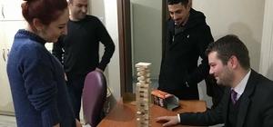 Yetişkinlere zeka oyunları kursu