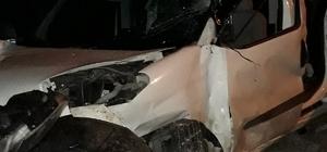 Hafif ticari araç takla attı:1 yaralı