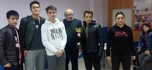 Kaman Fen Lisesi masa tenisi turnuvasında ilce birincisi oldu