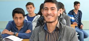 Engelli öğrencinin hedefi psikoloji okumak