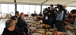 Şahiner gazetecilerle kahvaltıda buluştu