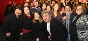 Bandırma'da Gupse Özay izdihamı