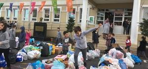 Öğrenciler evlerinden ve sokaklardan 2 ton atık topladı