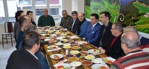 Başkan Bakıcı Karadenizliler Derneği ile bir araya gelerek yöresel lezzet mıhlamanın tadına baktı