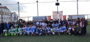 Bandırma'nın şampiyonları kupalarını aldı