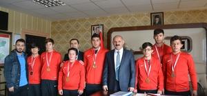 Halterci çocuklar Erzurum'u temsil edecek