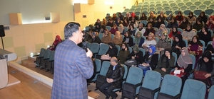 HRÜ 9'uncu sınıf  öğrencilerine yönelik seminer düzenlendi