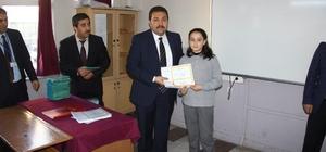 Edremit'te 24 bin öğrenci karnesini aldı