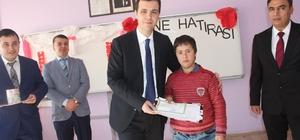 Özalp ilçesinde kütüphane açılışı ve karne dağıtımı