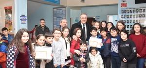 Öğrenciler karnelerini Başkan Karaçoban'dan aldı