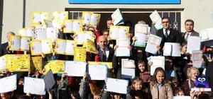 Kırklareli'nde 49 bin 694 öğrenci karne heyecanını yaşadı
