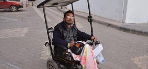 Engelli aracına güneş enerjili panel taktırdı