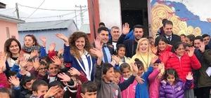 İbrahim Çeçen Vakfı yüzlerce öğrenciye giyim yardımı yaptı