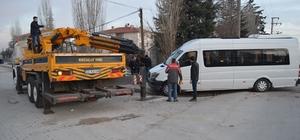 Afyonkarahisar'da trafik kazası: 1 ölü, 1 yaralı