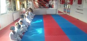 Dargeçit'te spor salonu açıldı