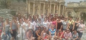 Efes'e ziyaretçi sayısı bir milyona yaklaştı