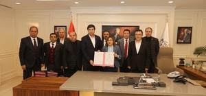 Büyükşehir ile Bem-Bir-Sen arasında sosyal denge sözleşmesi imzalandı