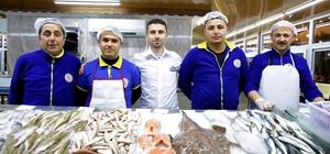 Düden Balık Çarşısı'na yoğun ilgi