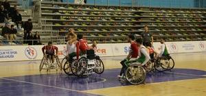 Engelliler basketbol takımı, ligin ilk yarısını namaglup tamamladı