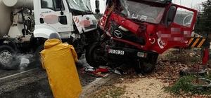 Erdemli'de trafik kazası: 3 yaralı