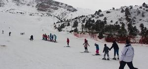 Erzincan'da kayak kursu başladı
