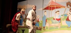 Miniklerden 'Çocuk Tiyatrosu Şenliği'ne yoğun katılım