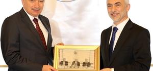 İBB Başkanı Uysal, Kağıthane'de incelemelerde bulundu