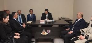 Başkan Ay MHP İl Teşkilatını ziyaret etti