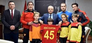 Başkan Kayda'ya Göztepe forması