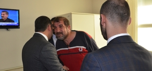 Başkan Avşar'dan hastalara moral ziyareti