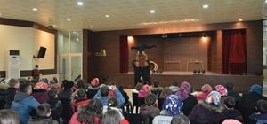 Gediz Belediyesinden öğrencilere sirk gösterisi