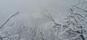 Hakkari'de kar yağışı ve sis